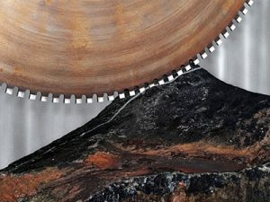 Image of a rock blade and stone is an excellent introduction