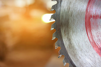 A close up on a circular saw blade