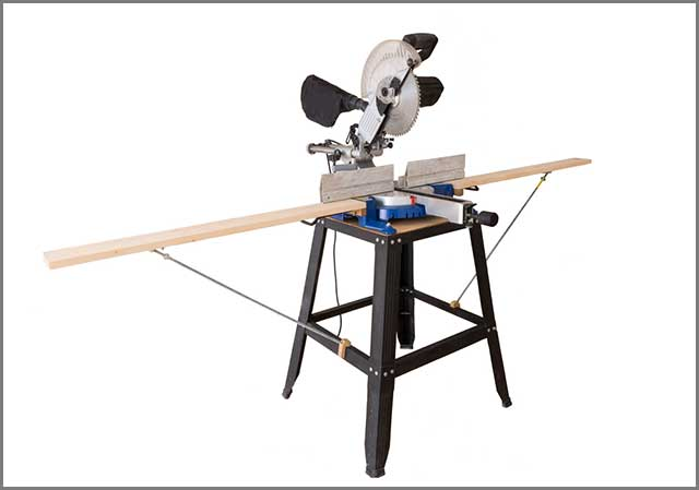 A cutting table saw