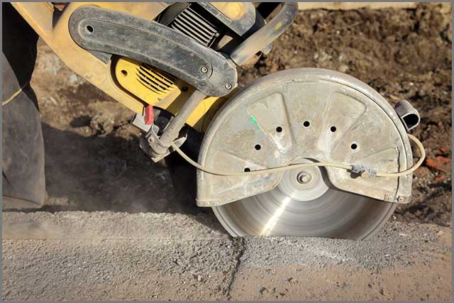 Saw cutting concrete
