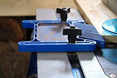 A FeatherBoard on a Router Table